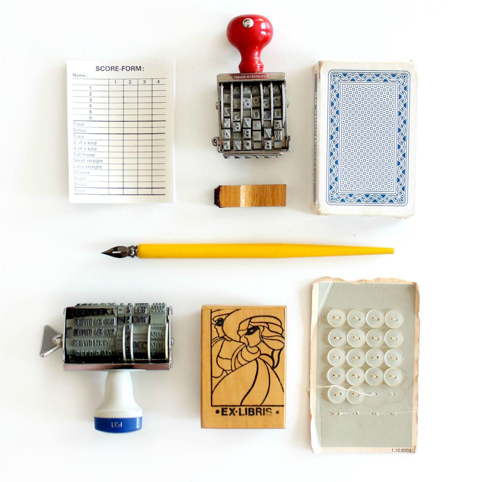 kringloopvondsten vintage stationery en papierwaren